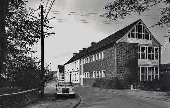 Die Alte Grundschule von Rommerskirchen Quelle Facebook