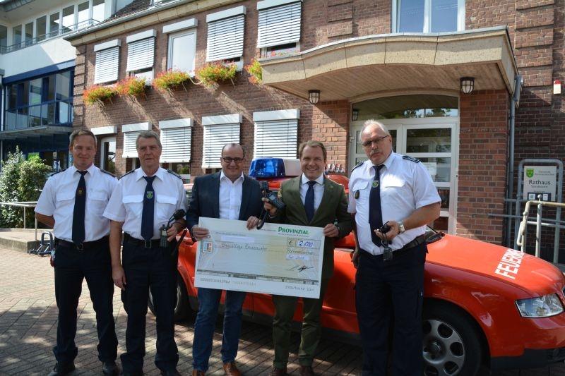 Provinzial-Geschäftsstelle Helmut Kolpin e.K. fördert die Freiwillige Feuerwehr in Rommerskirchen
