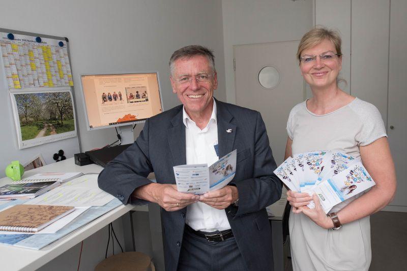 Welche Wege gibt es in den Beruf?  Rhein-Kreis Neuss hat Berufswege-Navigator veröffentlicht
