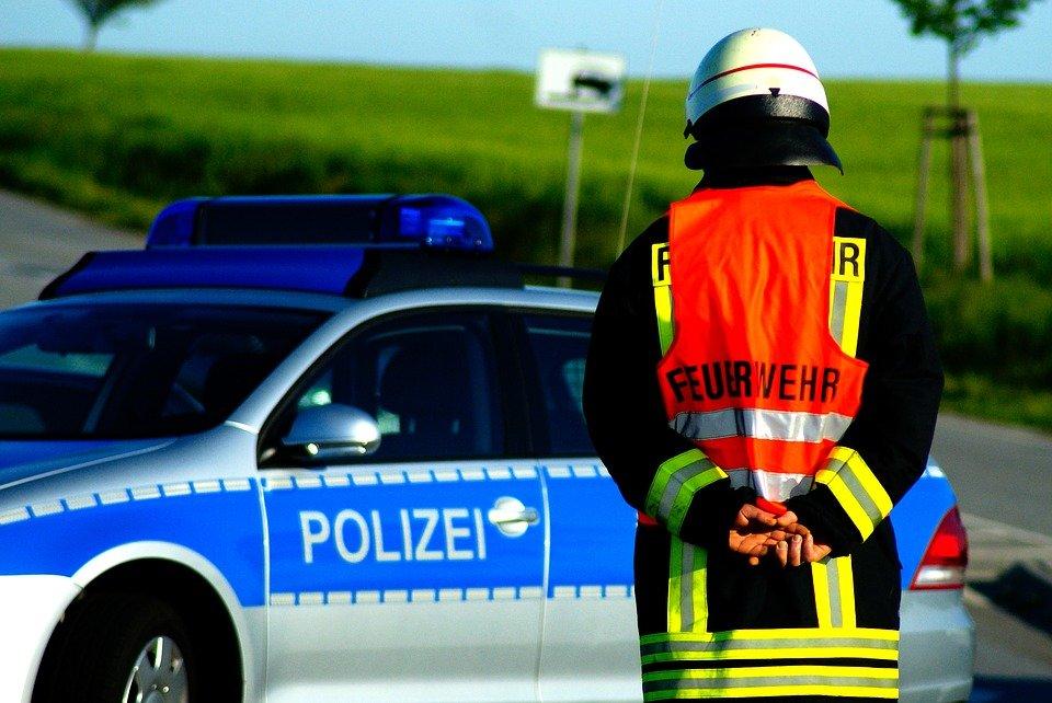 POL-NE: Verkehrsunfall zwischen PKW und LKW